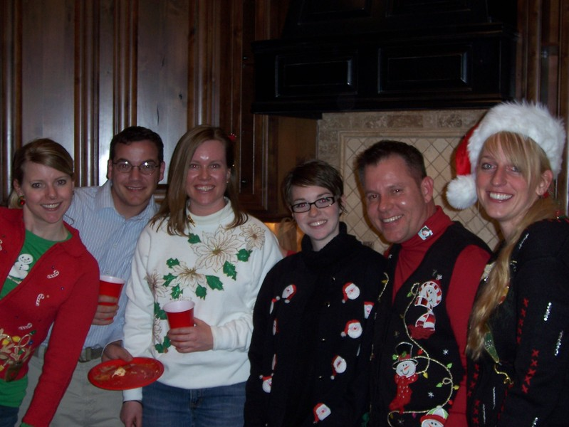 Ugly_sweaters_009